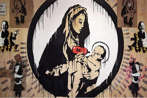 Madonna & child, Banksy. La mère est une Vierge, donc.