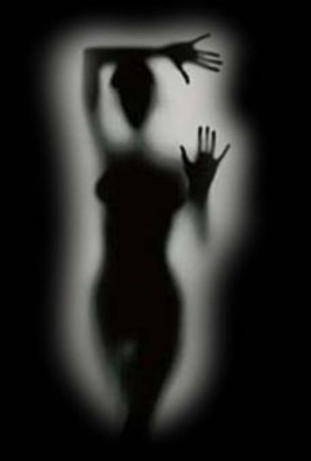 shadow_woman_blacksm