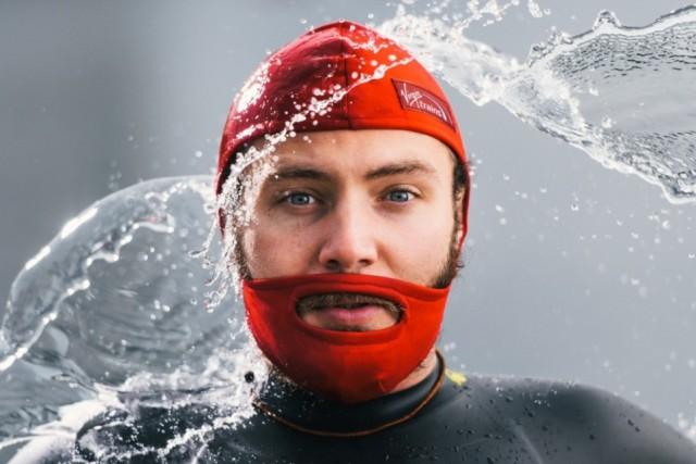 Avec-le-bonnet-de-bain-pour-barbe-réconciliez-vous-avec-la-natation-416976